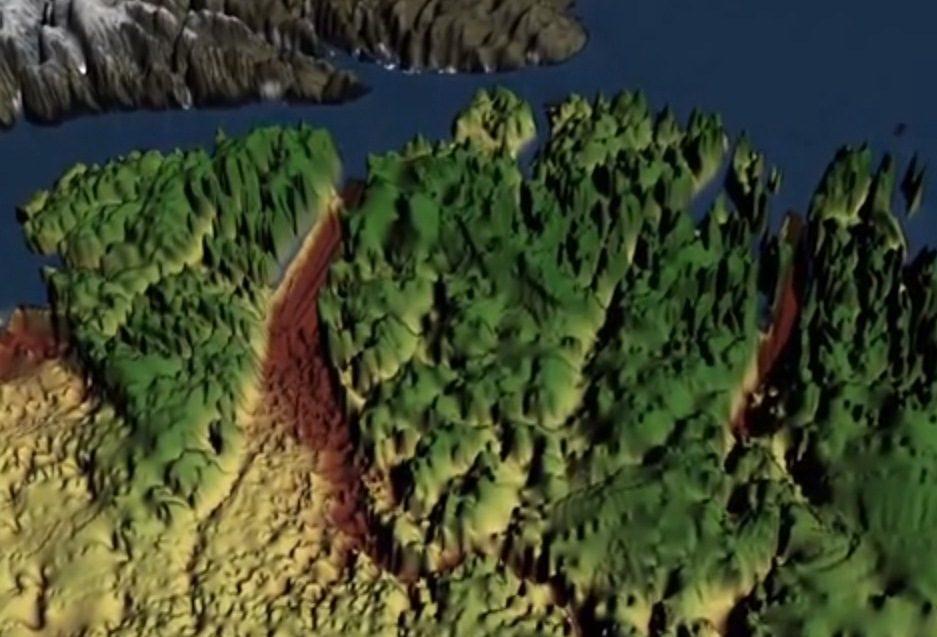 Grenlandijos ledynai slepia didžiulį kanjoną