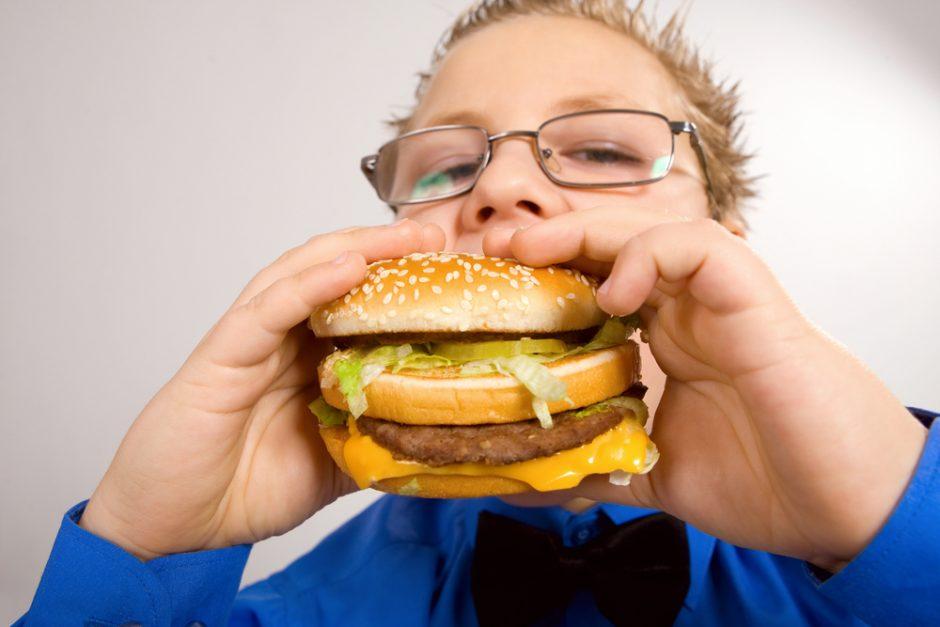 Kaip apsaugoti vaikus nuo nutukimo?