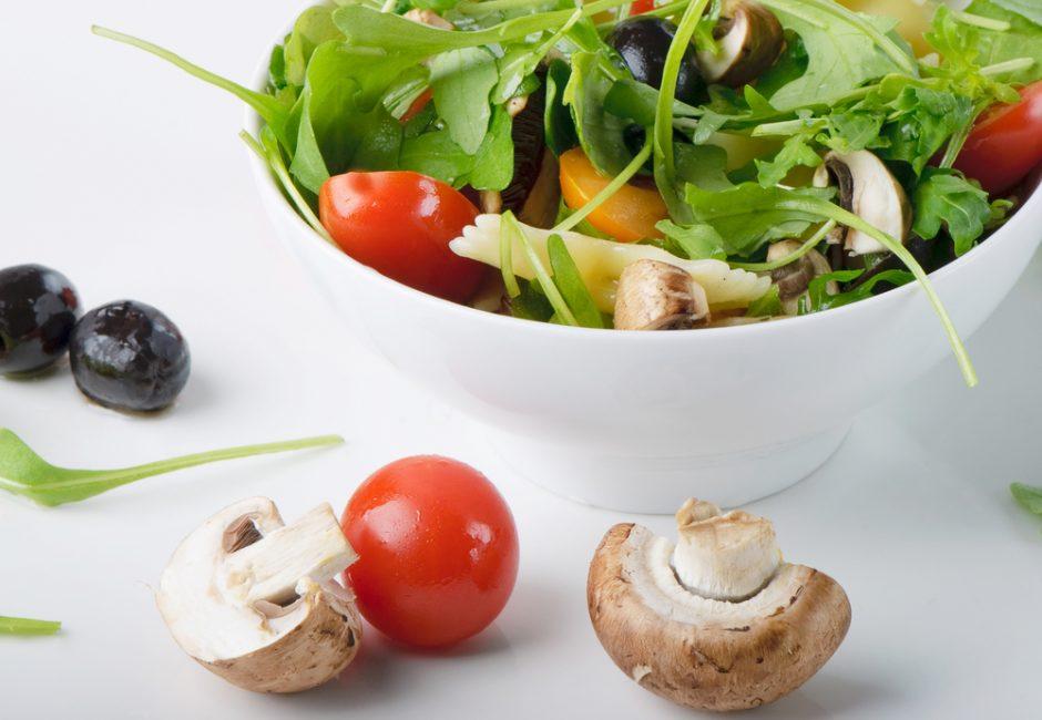 Ropių ir grybų salotos