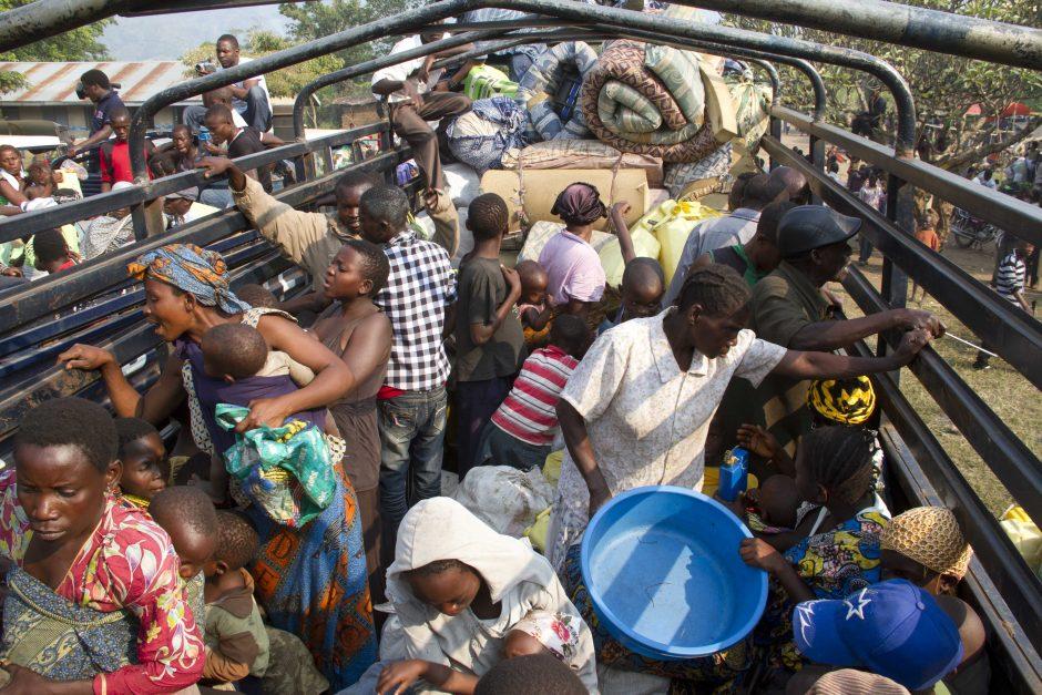 Konge per armijos ir sukilėlių susirėmimus žuvo 130 žmonių