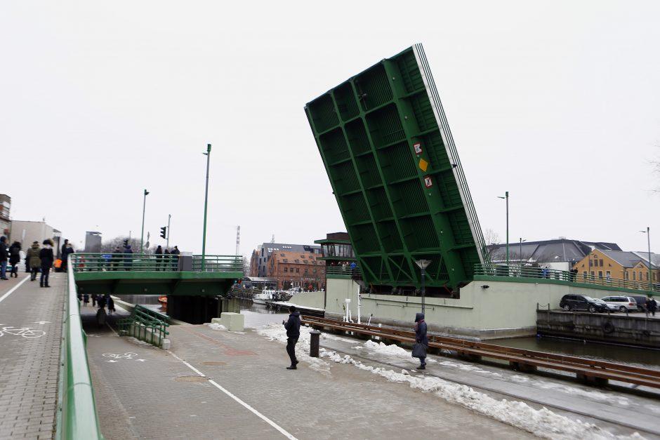 Pakeltas Pilies tiltas