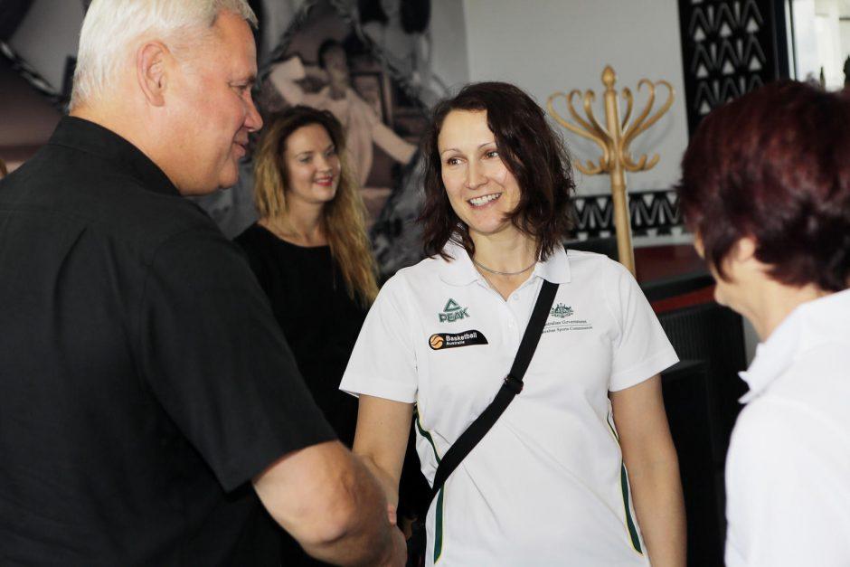 Klaipėdos meras susitiko su Pasaulio moterų krepšinio komandų atstovais