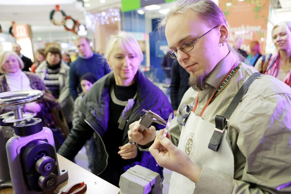 Klaipėdos krašto auksakalių cechas uostamiesčiui ruošia dovaną