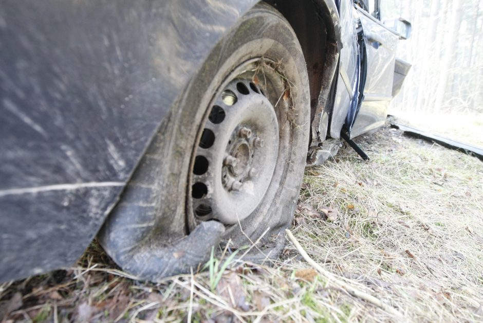 Mįslinga avarija prie Melnragės viaduko pareigūnams sukėlė daug klausimų