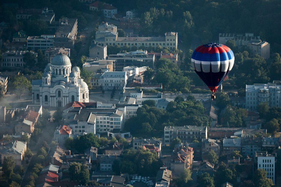 """Fiestos """"Su laisvės vėju"""" trečioji diena: oro balionai vėl sėkmingai kyla į dangų"""