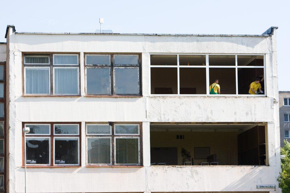 Vilniaus moksleiviai mokysis su statybininkai