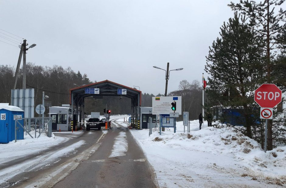 Vilniuje muitininkai sulaikė kontrabandinių rūkalų prikrautą sunkvežimį