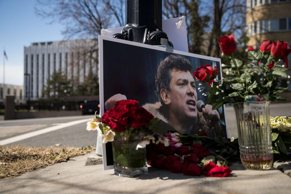 Idėja įamžinti B. Nemcovo atminimą prie rusų ambasados nebus skubinama