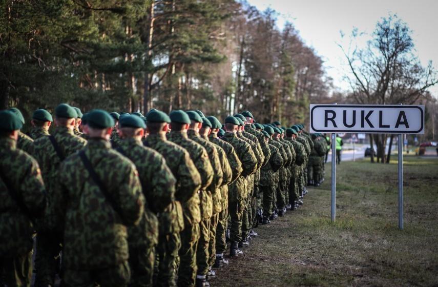 NATO batalioną priimanti Rukla tikisi išsigydyti socialines žaizdas
