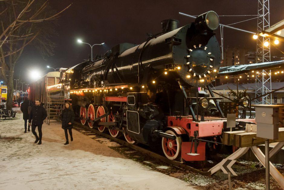Šventinė Vilniaus geležinkelio stotis