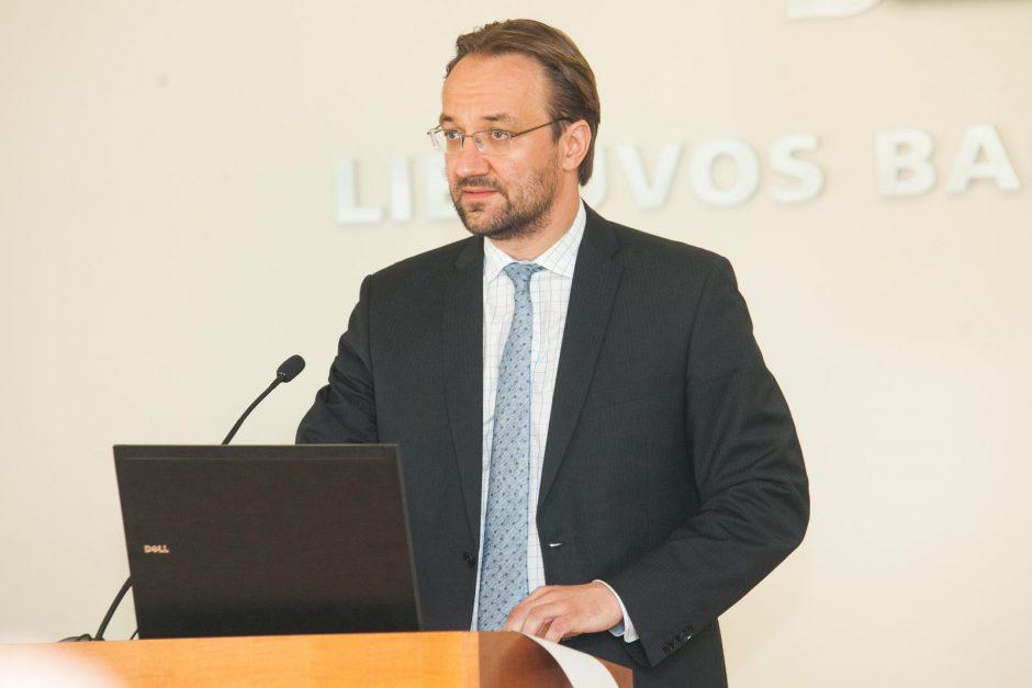 Lietuvos bankas prognozuoja spartesnį ekonomikos augimą