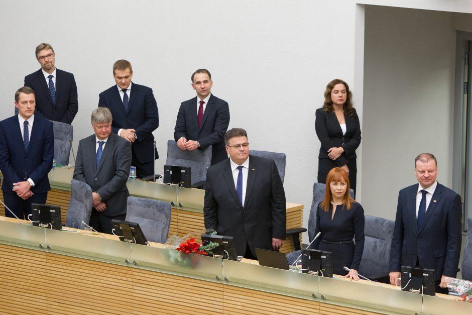 M. Vainiutė ir L. Linkevičius lieka Vyriausybėje, M. Sinkevičius traukiasi