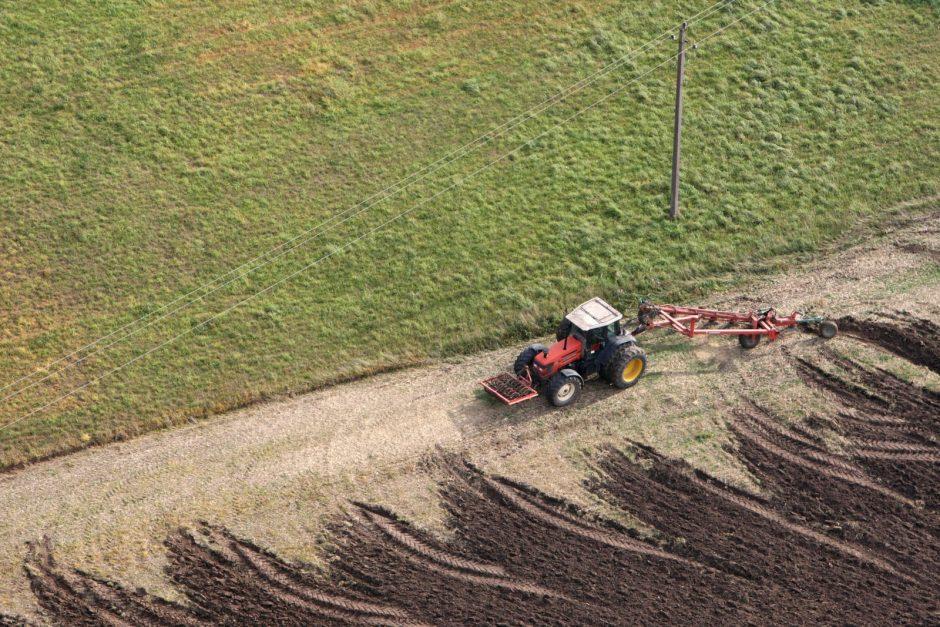 Nuo liūčių nukentėjusius ūkininkus ragina kreiptis į savivaldybes