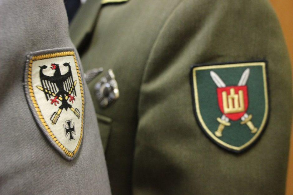 Vokietijos ir Lietuvos sausumos pajėgos sukirto rankomis dėl bendradarbiavimo
