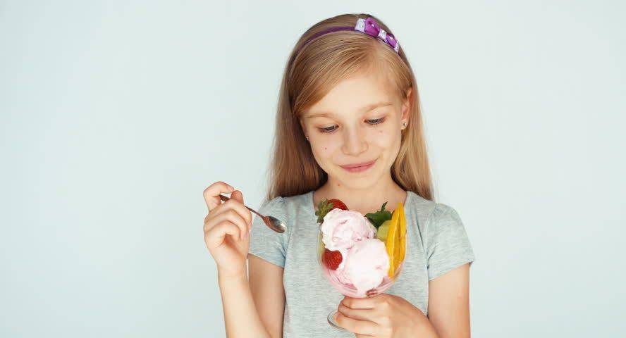 Akibrokštas: mokyklose vaikai valgo ledus