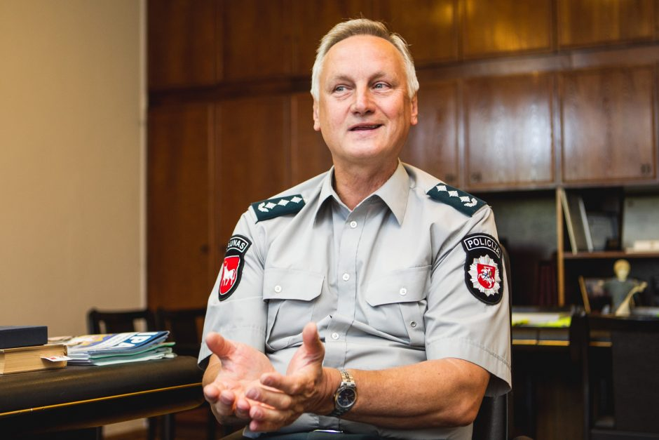 Kauno policijos vadovas: šiemet daugiau galimybių gatvėse apsaugoti vaikus