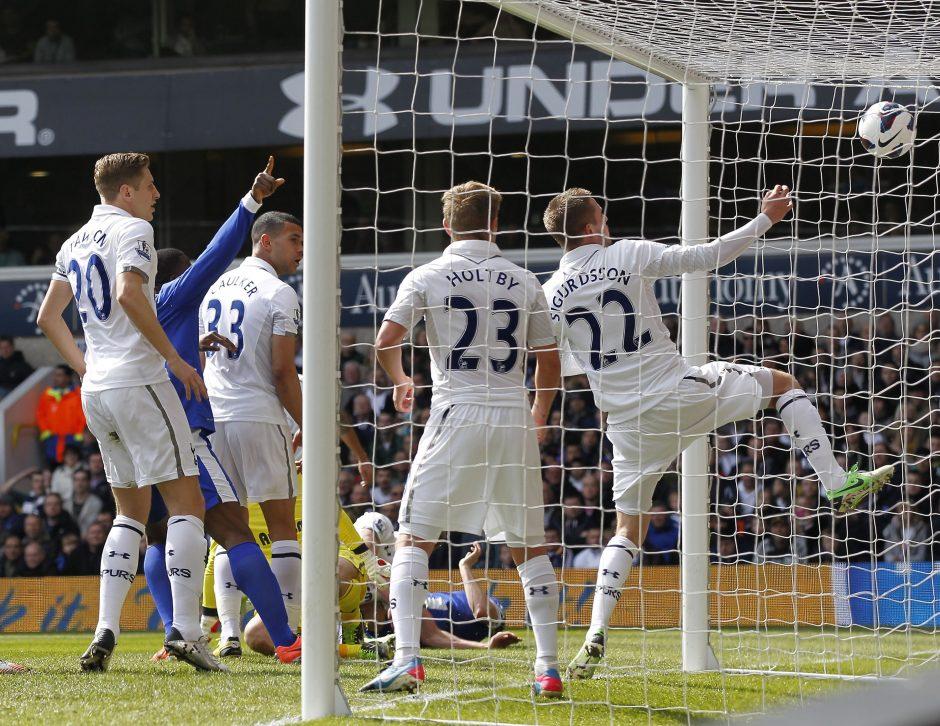 """""""Tottenham"""" antrąkart iš eilės neįveikė trečios lygos klubo"""