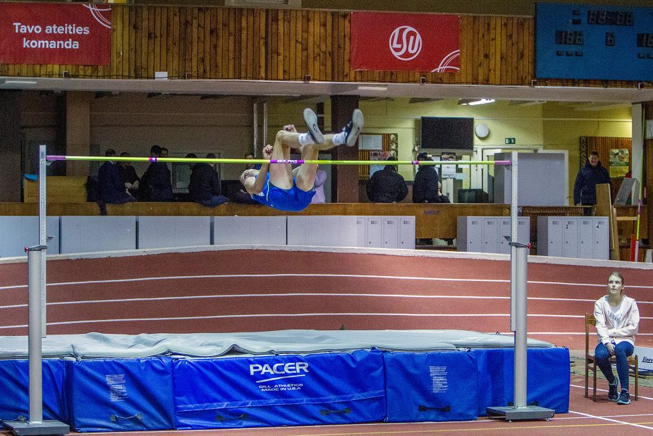 L. atletika. Kauno čempionatas. 1 diena