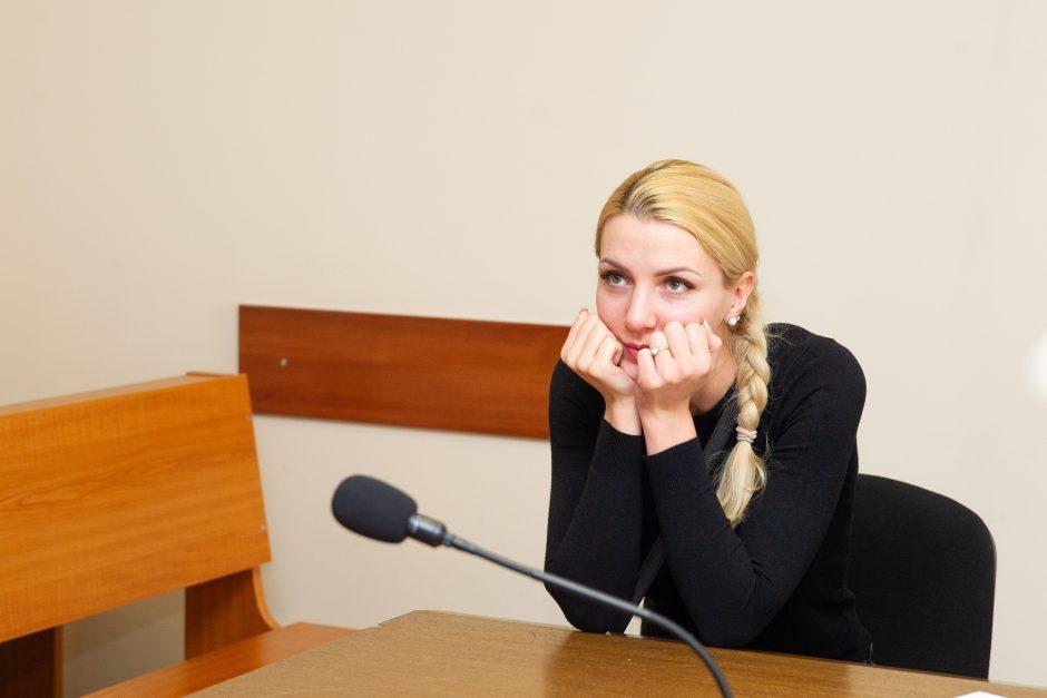 Teisme – M. ir A. Šedžių skyrybų byla: dainininkė atrodė itin pavargusi
