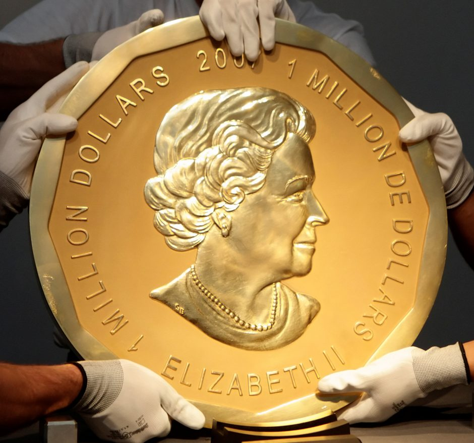 Įspūdinga vagystė: už didžiulės auksinės monetos nugvelbimą – iki 10 metų kalėjimo