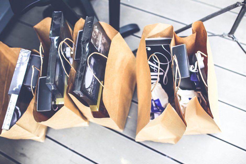 Pasienietė įtariama parduotuvės apšvarinimu