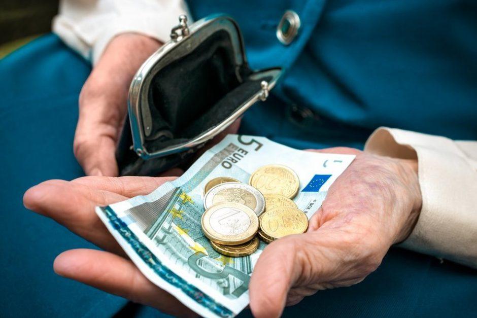 Vilniuje ir Kaune jau išnešiota 80 proc. likusių pensijų