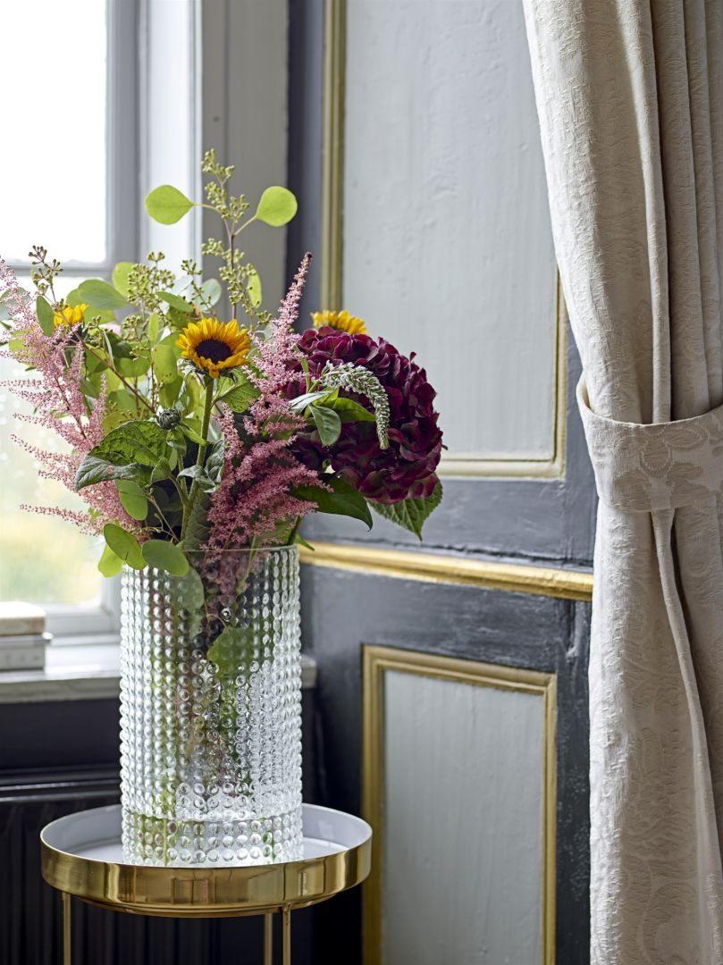 Metas įsileisti į namus gyvybės: pavasarinio dekoro patarimai