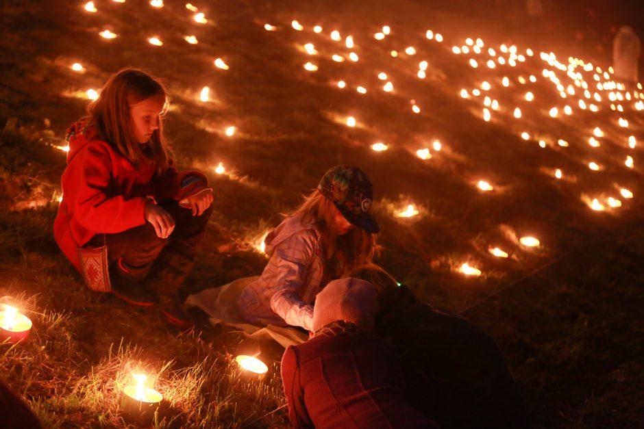 Etnologas: minint mirusiuosius galima ir šiek tiek pasilinksminti