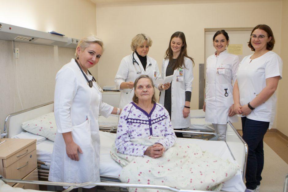Po žygdarbiui prilyginamo įvykio Kaune – esminis klausimas: ar gaivintum mirštantį?