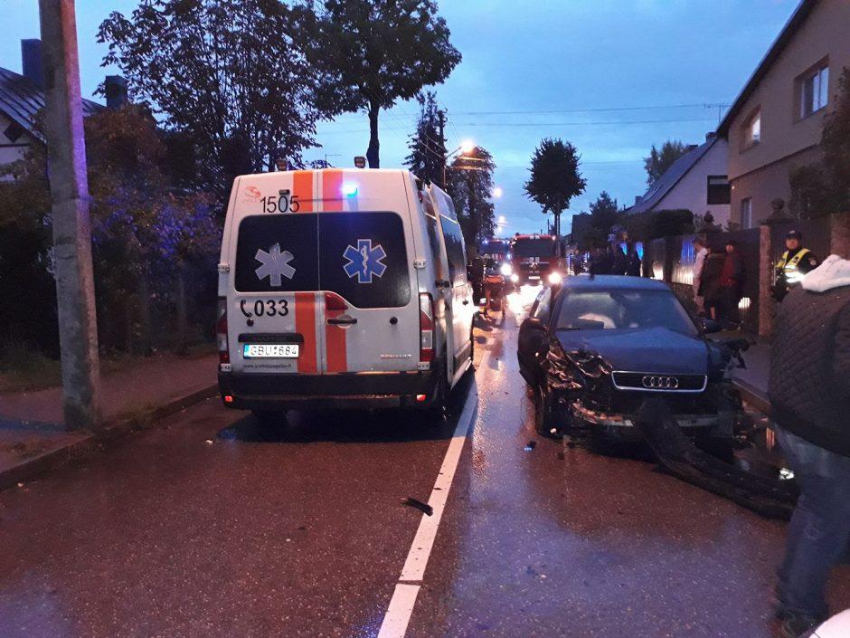 Avarijos Vokiečių gatvėje kaltininkas atvyko į policiją girtas (ieškomi liudininkai)