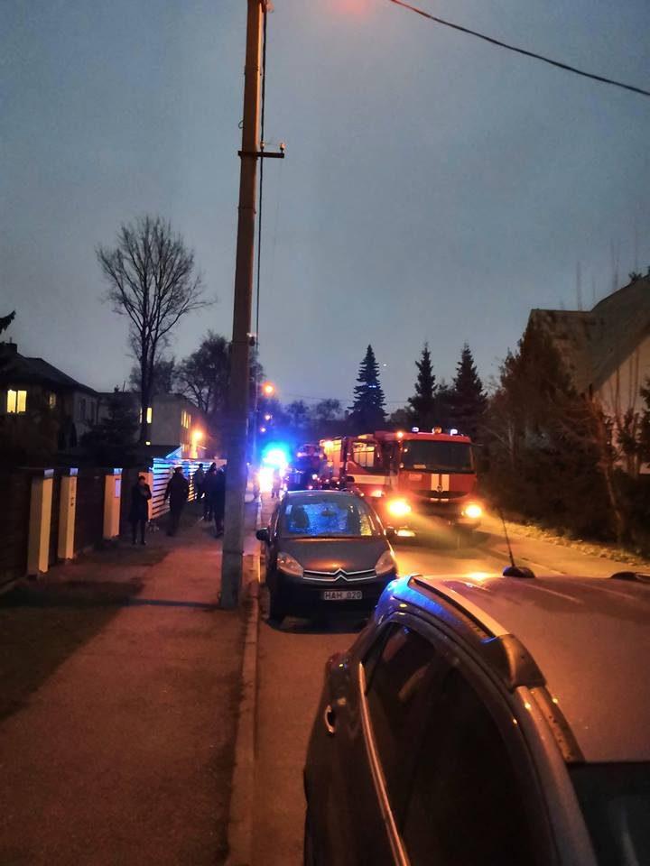 Į avariją patekęs ugniagesių ekipažas gaisravietės taip ir nepasiekė