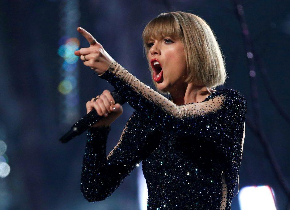 Dainininkės T. Swift vargai teisme dar nesibaigė