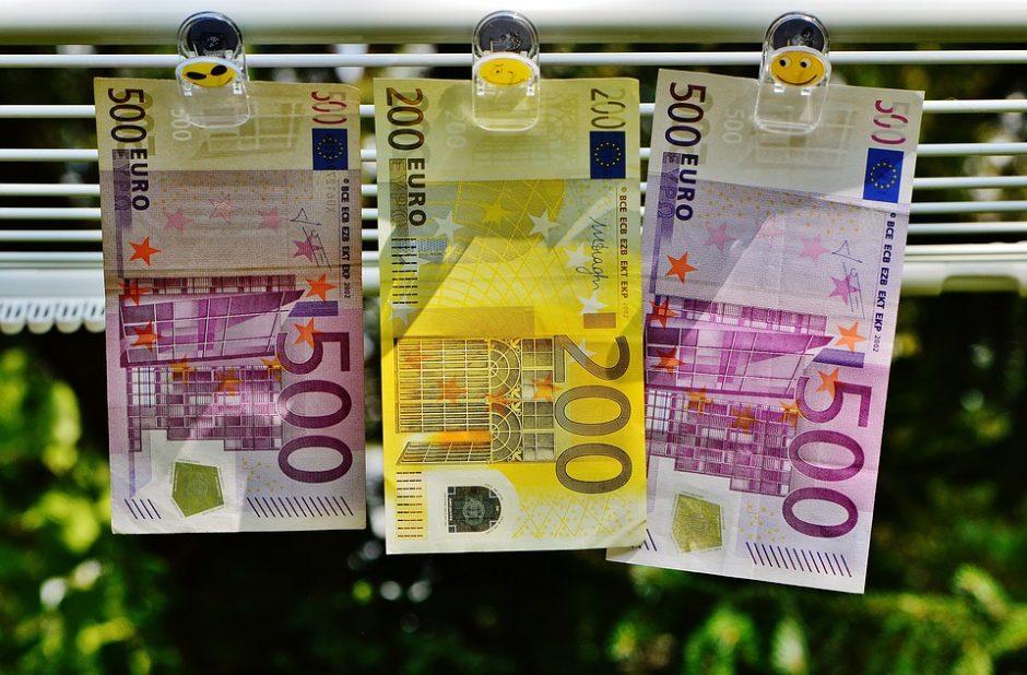 VMI: politikai žmonių pinigus turi leisti atsakingai