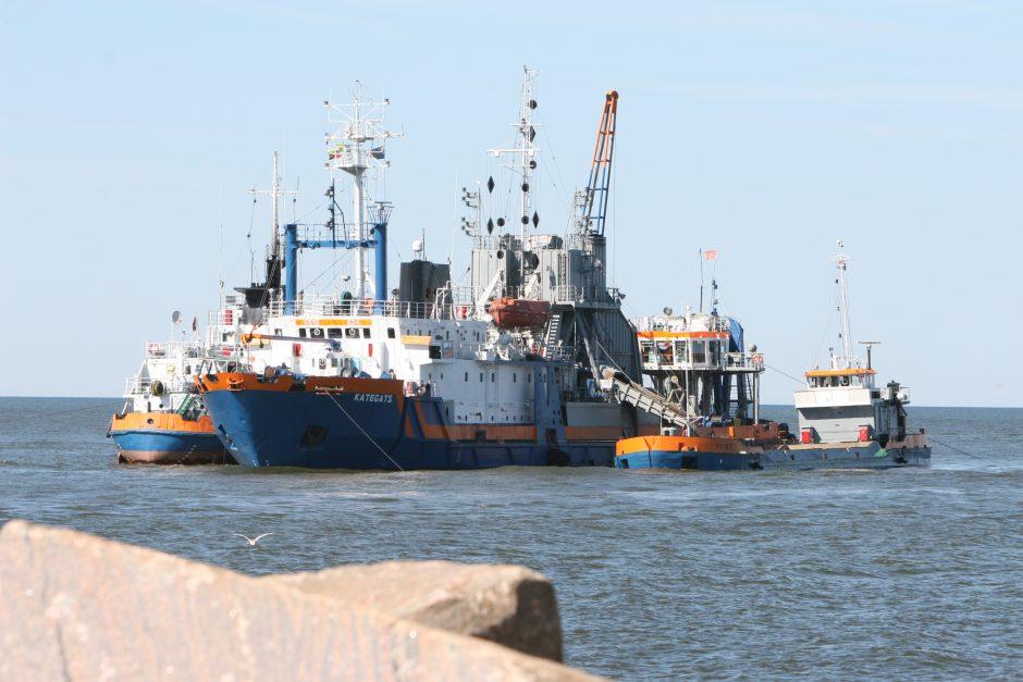 Klaipėdos uosto dugną du metus valys vokiečių bendrovė