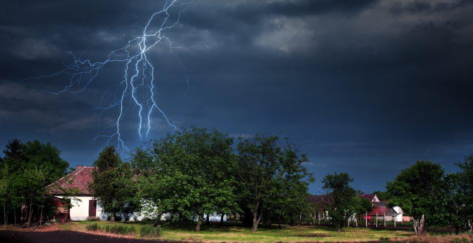 Nuo žaibo iškrovos maldos neapsaugos