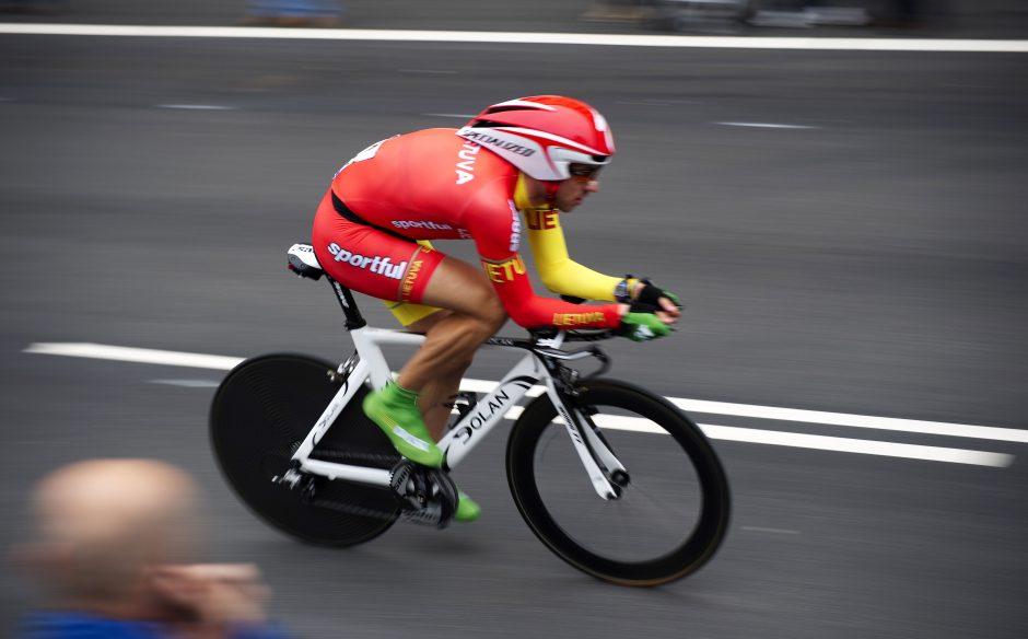 Prestižinėse lenktynėse Italijoje – du Lietuvos dviratininkai