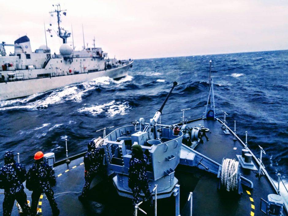 """""""Kuršis"""" grįžo iš nuolatinės parengties NATO laivų grupės budėjimo"""