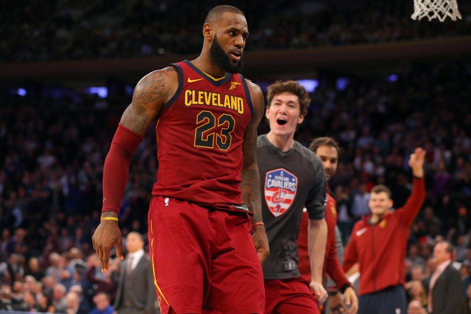 NBA naktis: L. Jameso konfliktas, solidus graikas ir kuklus L. Ballas
