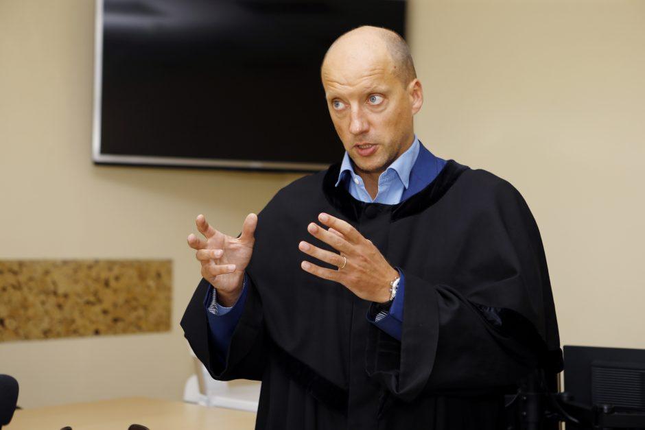 Teisme – Daktarų bylos aidai