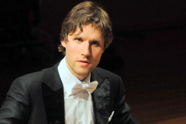 Piano.lt koncertų salėje – Juilliard'o mokyklos absolventas Gabrielius Alekna
