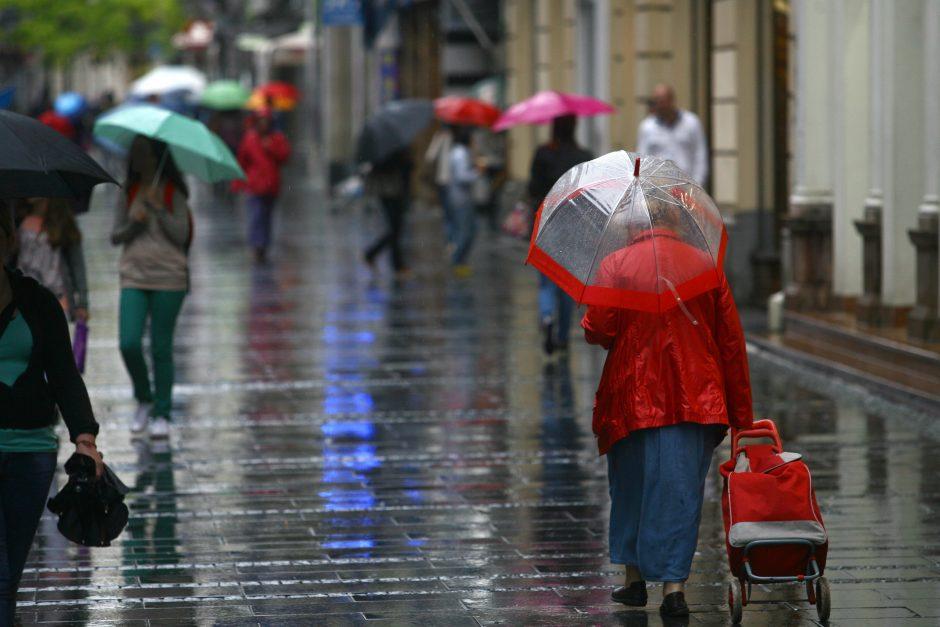 Debesuotas ir lietingas - toks bus Vilnius šiandien