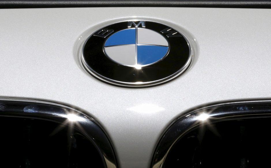 """Prabangų """"BMW X6"""" pavogė iš namo kiemo"""
