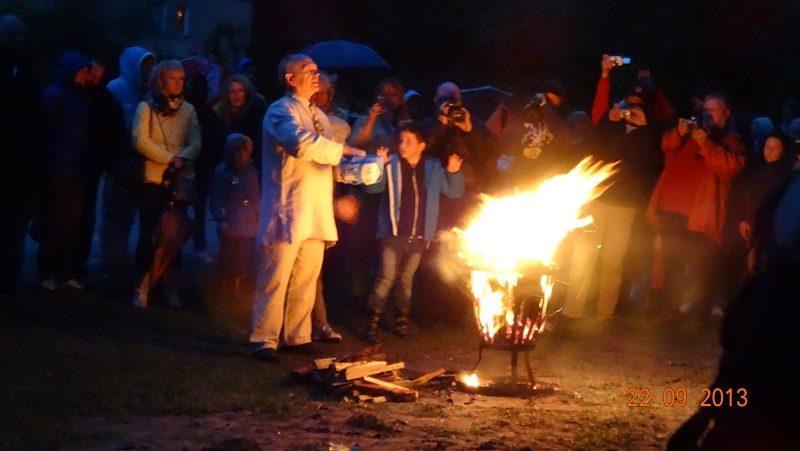 Rudens lygiadienis Juodkrantėje palydėtas ugnimi