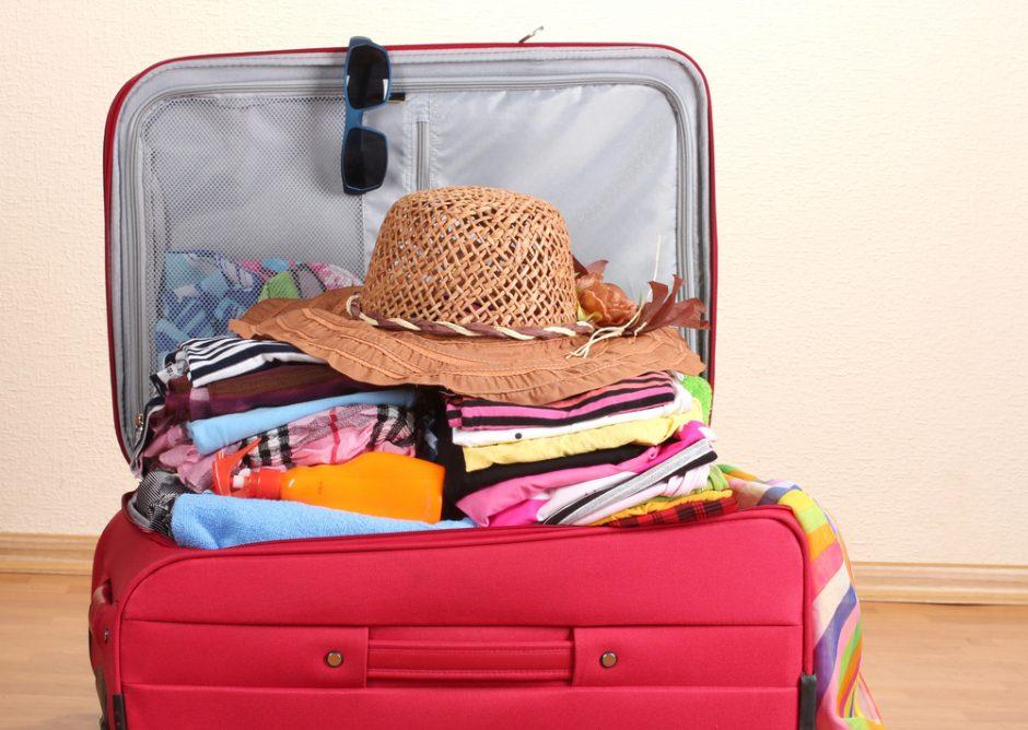 Vasarą keliaujantys vyrai dažniau patiria traumų, moterys – virškinimo sutrikimų