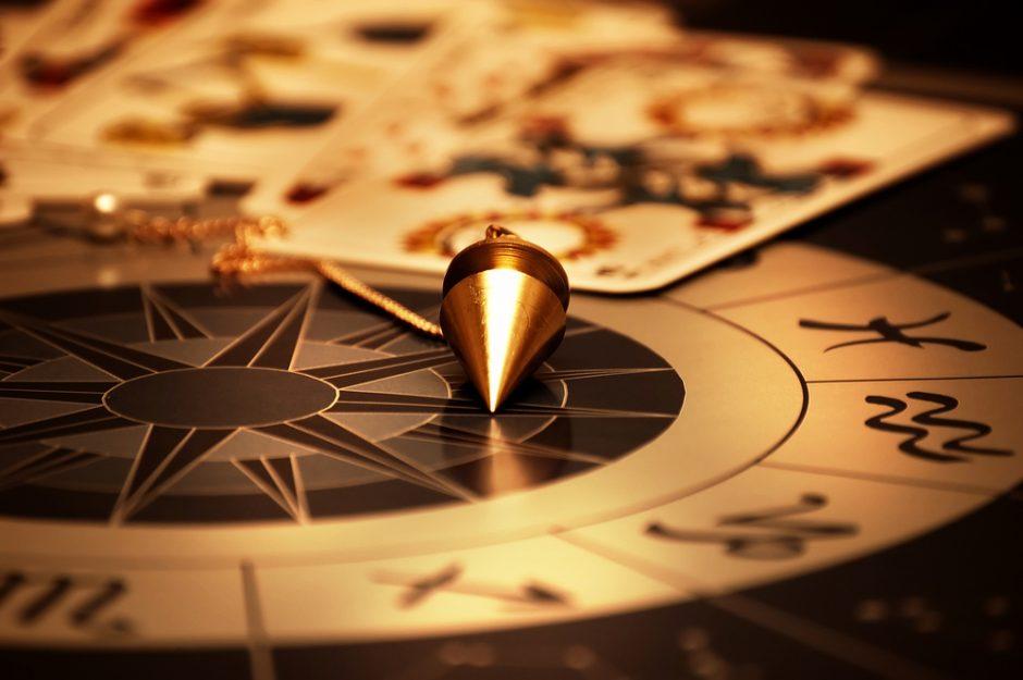 Dienos horoskopas 12 zodiako ženklų (kovo 25 d.)