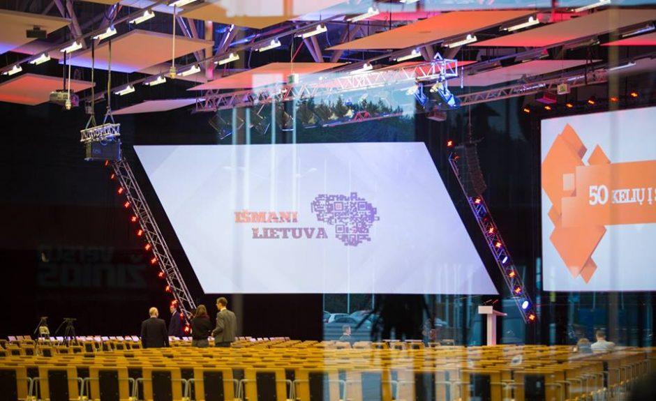"""""""Išmani Lietuva"""": nuo mikrorobotų iki šalį vienijančios idėjos"""