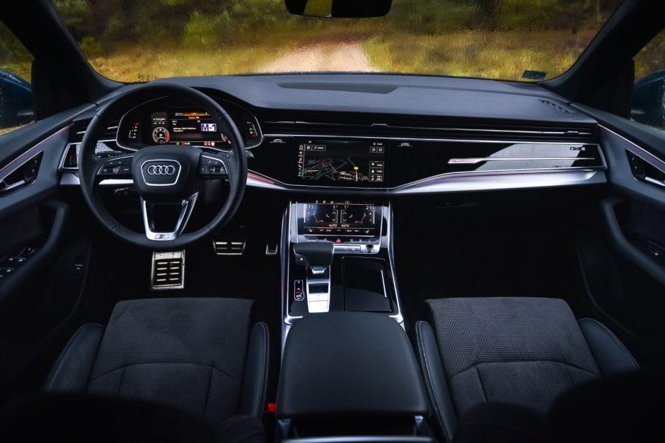 Automobiliai tapo išmaniais namais ant ratų