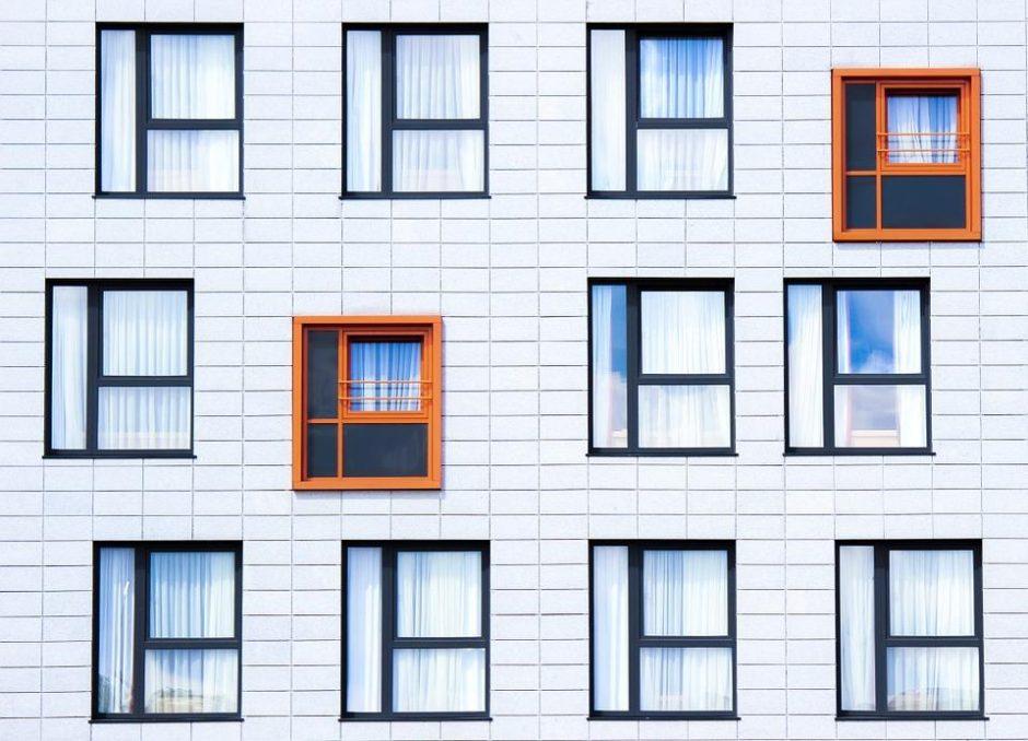 Gyvenantiems parduodamuose tarnybiniuose butuose – Seimo lengvata
