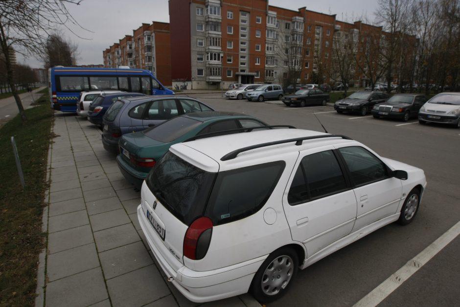 Kaip keičiasi Lietuvos automobilių parkas?