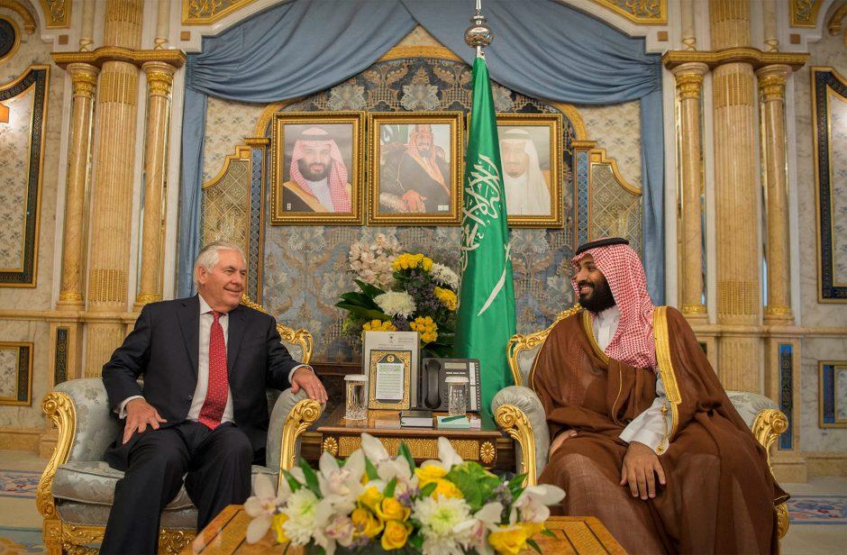 R. Tillersonas susitiks su arabų šalių ministrais dėl Kataro boikoto